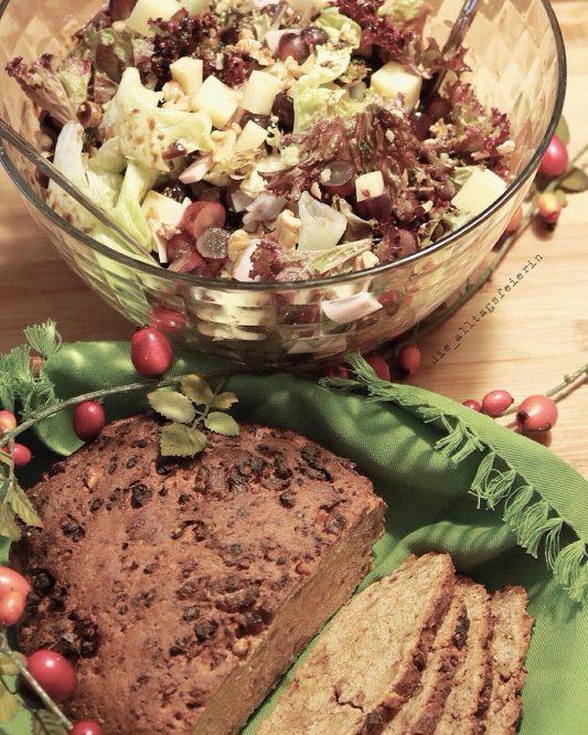 Speiseplan KW 43-18, Speiseplan für die Familienküche, Herbstsalat, Salat mit Kaese, Trauben, Freebie Speiseplan, Freebie Wochenplan
