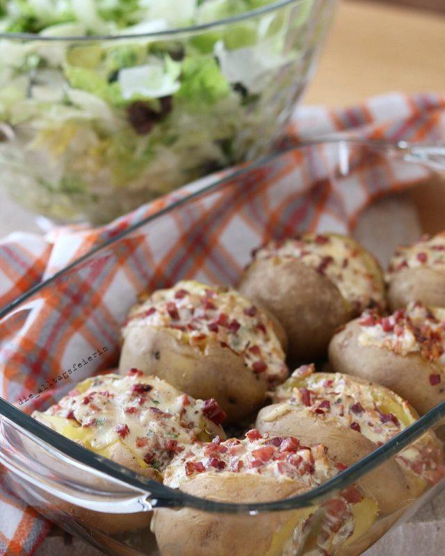 gefüllte Ofenkartoffeln, Ofenkartoffeln, Salat, Familienessen, was koche ich heute, Kochquicky, Speiseplan