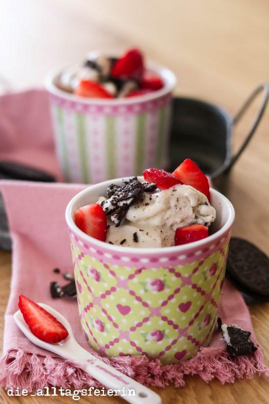 Cookies'n Cream-Eis, Eis, homemade Eis, Vanilleeis, {REZEPT} EIS, EIS, BABY * COOKIES'N CREAM SCHLEMMEREI(S)*