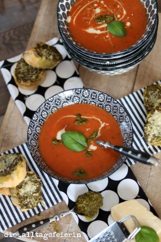 Wochenplan, Speiseplan, Essensplan, was koche ich heute, Familienküche, Freebie,TomatenZucchiniSuppe-0270