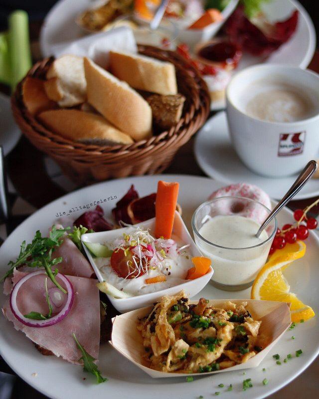 frühstücken in Würzburg, Frühstück, Brückenbäck Würzburg, Pfifferlinge, Paarzeit, Wochenglückrückblick, wochenglueckrueckblick-060817