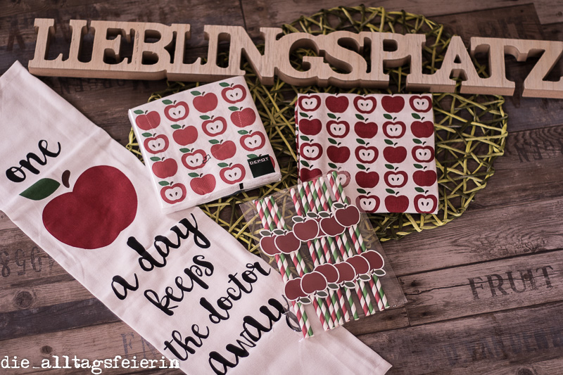 Wochenglückrückblick, Depot-Einkauf, Dekoration, Äpfel, Geschirrtücher, Servietten, Strohhalme, Lieblingsplatz