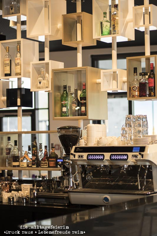 Innside by Melià, Innside Ostend Frankfurt, Lobby, Hotel, Kunst, Miniblogst17, Bar, MiniBLOGST