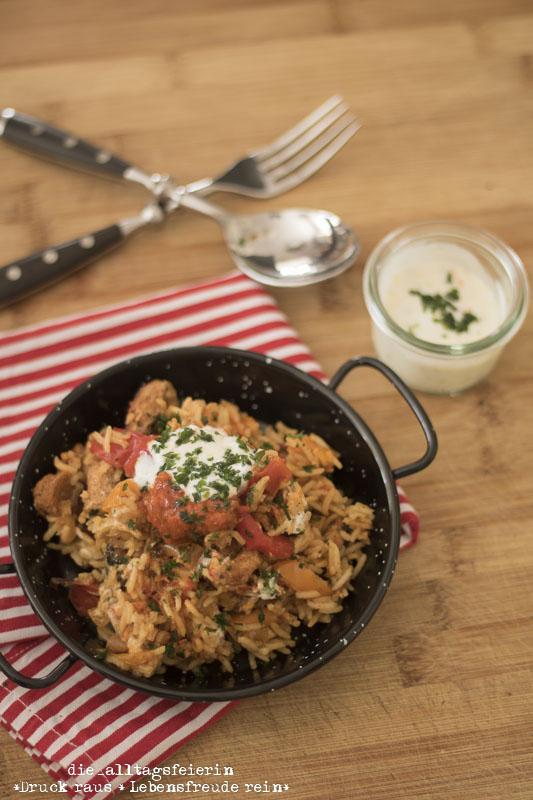 Speiseplan KW 36-18, Speiseplan, Wochenplan, Freebie, Was koche ich heute? kroatisches Reisfleisch, kochen, Familienkueche, aus dem Ofen, Paprika, Rezept, Knoblauch, Knoblauchjoghurt