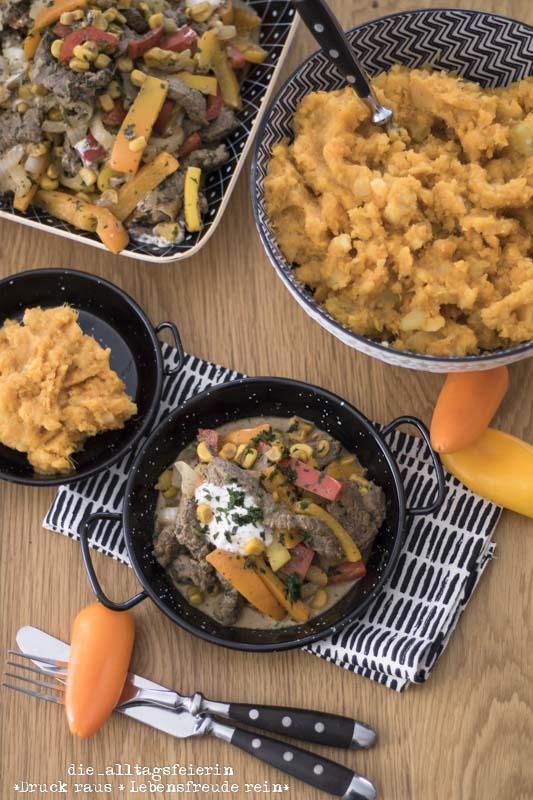Cajun, Steakpfanne, Süßkartoffeln, Suesskartoffeln, Süßkartoffelstampf, kochen, Familienküche, Rezept, frisch kochen, gesund kochen, Rindersteak, creolische Küche, Cajunpfanne, Steakpfanne, Mais, Paprika, Kartoffeln, die alltagsfeierin, ü40, ü40 Blog