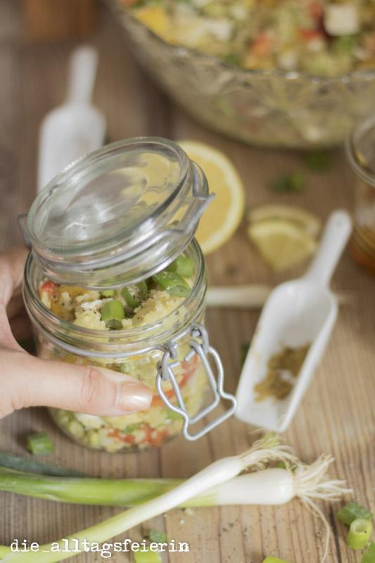 Bulgursalat, Bulgur-Salat, Avocado, Salat mit Avocado, Kreuzkuemmel, Paprika, vegetarischer Salat, veggie, Mittagessen, Familienkueche, Kochen fuer Kinder