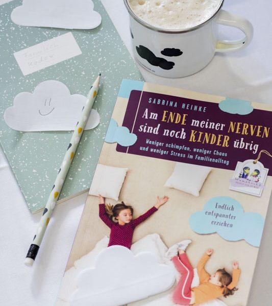 Am Ende meiner Nerven sind noch Kinder uebrig, Sabrina Heinke, humboldt Verlag, Humboldt Verlag, Erziehung, beduerfnisorientierte Erziehung, entspannt erziehen, Rezension, Druck raus,