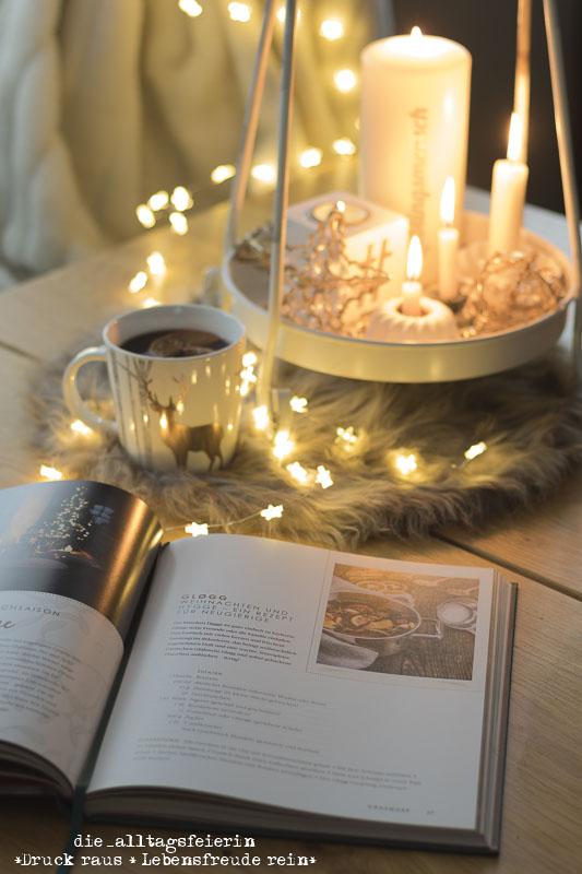arsEditon, EditionDeluxe, Gewinnspiel, Lichterglan, Das Leben ist jetzt, Mistelzweig und Weihnachtspunsch, stilvolle Geschenke fuer Weihnachten, tuerkis, gold, Weihnachtsrezepte, Weihnachtstraditonen,