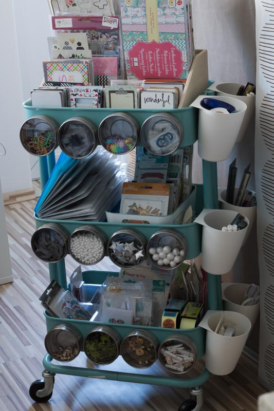 Scrapbooking, Aufbewahrung Kleinteile, Raskog, Clear Stamps, Ikea, Scrappapier, Lightbox, Letterboard, Washitapes, alltagsfeierliche Ausmisterei, diealltagsfeierin.de, ausmisten, aussortieren, aufbewahren, sortieren, organisieren,