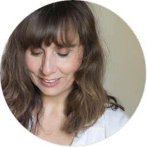 Bettina Höchsmann, Fotodesignerin und Bloggerin auf diealltagsfeierin.de,