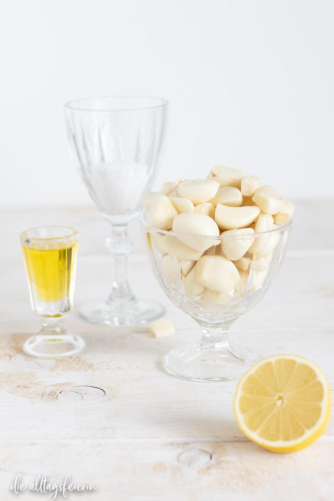 Rezept für Knoblauch-Paste, einfach auf Vorrat vorbereitet und leicht dosierter