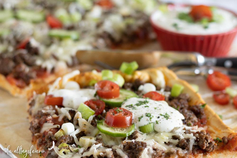 Rezept für türkische Pizza mit Hackfleisch
