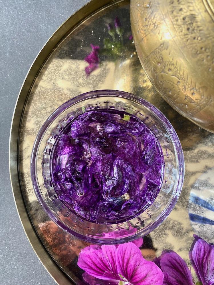 Malvenblüten Susan Labsalliebe.com. Tee aus Malvenblüten