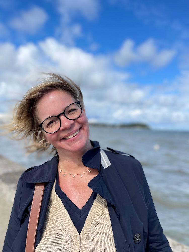 Nicole von lifewithaglow schreibe über Herbstzeitlose Klassiker.